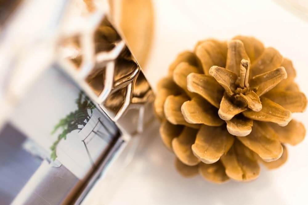 warm hues pinecone rose gold colour scheme